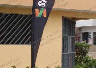 Banderas tipo gota Alcorsa Perú